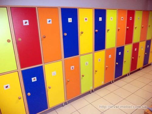 Шкафчик для одежды в детский сад. Какие бывают